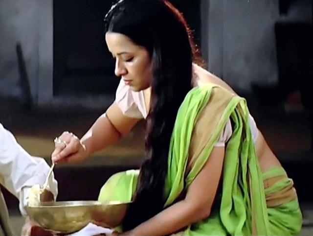 Reema Sen_GOW_02_Hot Saree Pics