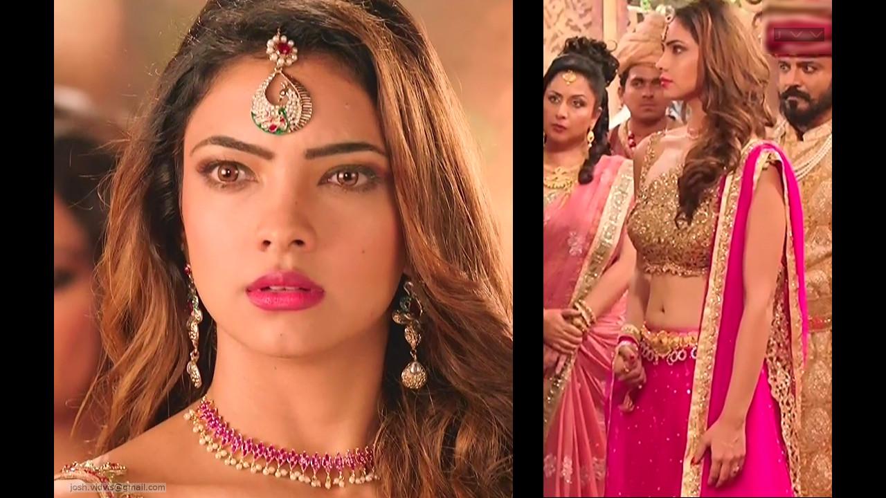 Pooja Banerjee_Hindi TV Actress_03_hot navel