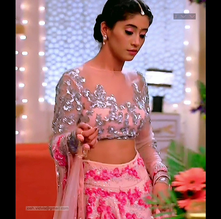 Shivangi Joshi_Hindi TV Actress01_Hot Pics