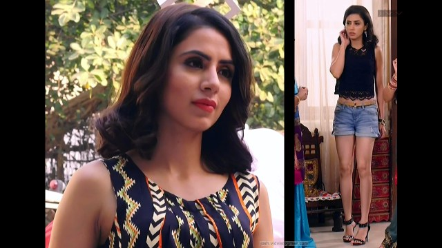 Swati Kapoor_01_Hot shorts pics