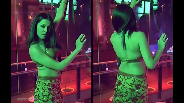 Celina Jaitley_Bollywood Actress_07_Hot movie stills