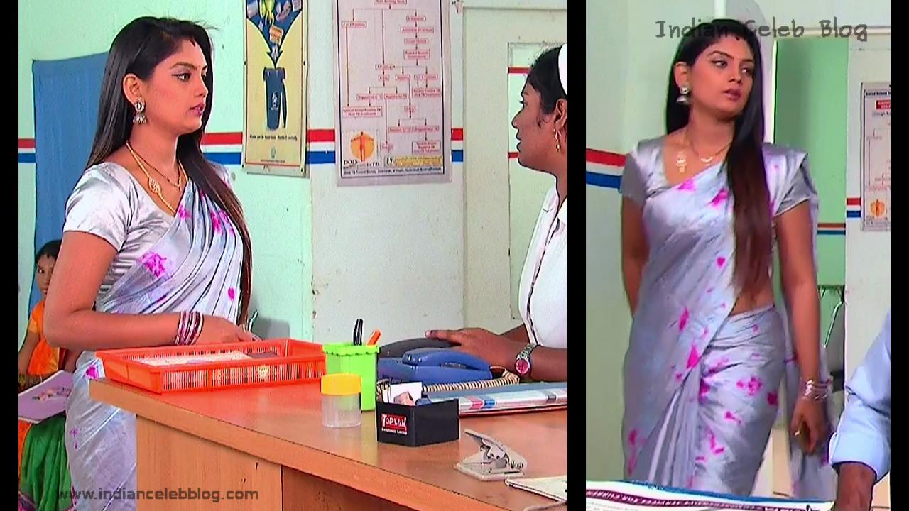 Karuna_Telugu TV Actress_04_Hot Saree Pics