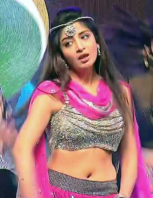 Poonam Kaur_TW Act_Item Dance Performance_07