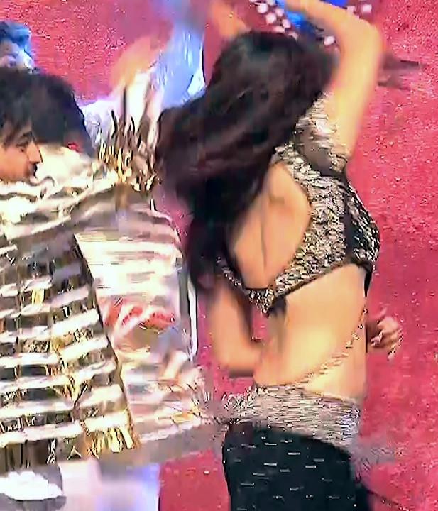 Poonam Kaur_TW Act_Item Dance Performance_25