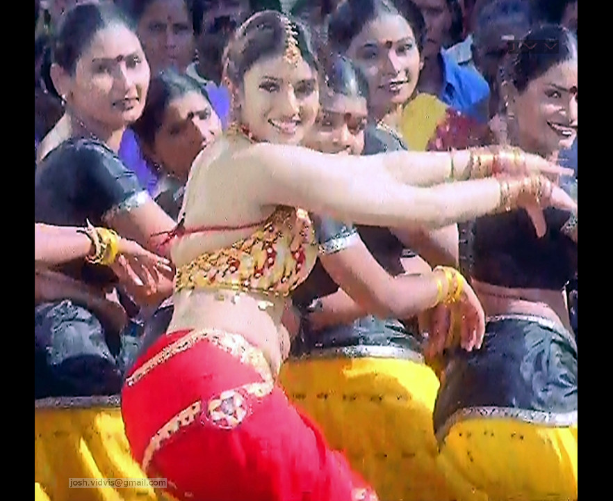 Sanghavi_Tamil Movie Stills_03