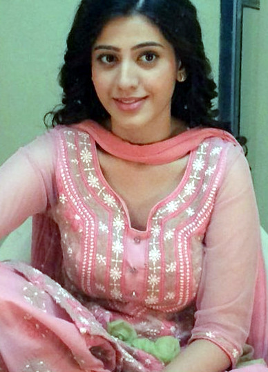 Simran PAreenja_TV Actress Hot Pics Gallery_10_Portrait