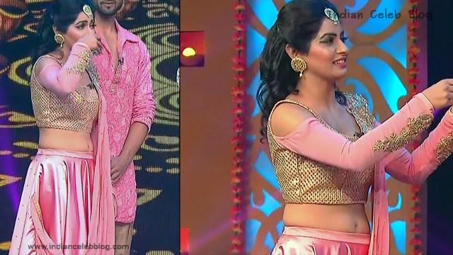 Yukti Kapoor_Hindi TV Actress_113_Lehenga Choli dance Pics