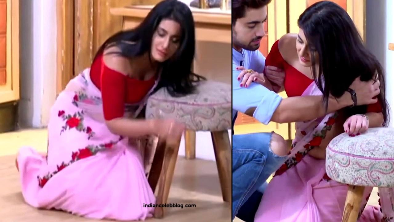 Aditi Rathore_Hindi TV Actress NaamK S3_10_Hot Romance Saree Pics