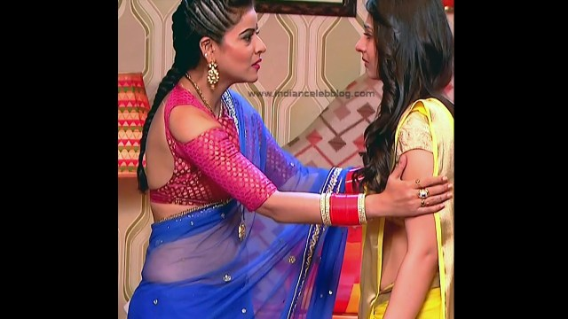 Ginnie Virdi_Hindi TV Actress_07_Hot backless saree navel pics