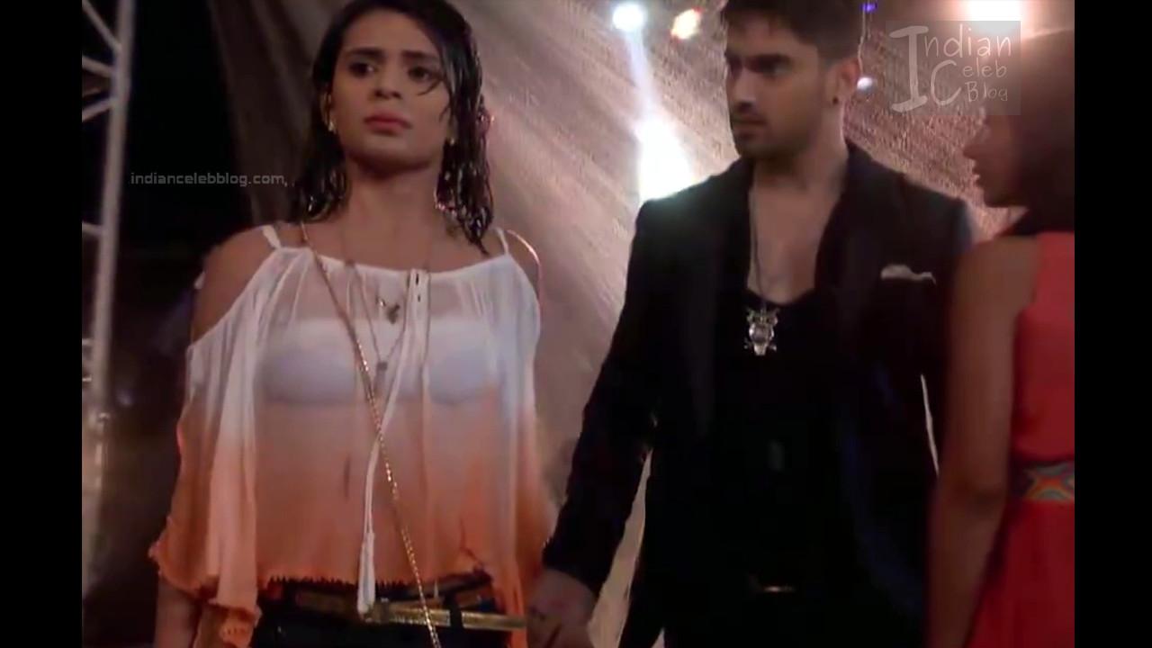 Sonal Vengurlekar_Hindi TV Actress YehVR S3_2_Hot Jeans