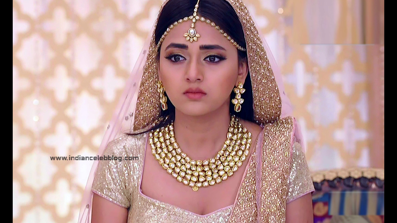 Tejaswo Prakash Wayangakar_Hindi TV Actress_19_Hot Lehenga choli Caps