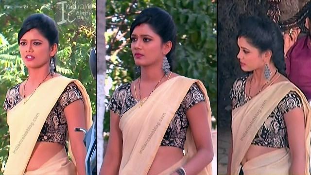Telugu TV Actress ETV AbhiS_9_Hot Saree navel pics