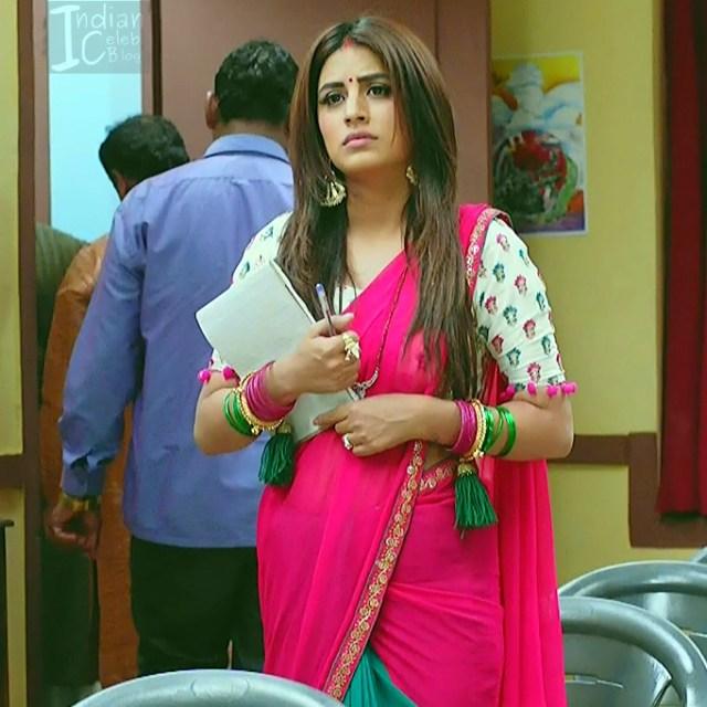 Bhumika Gurung_TV Actress NMS1_14_Hot sari navel pics