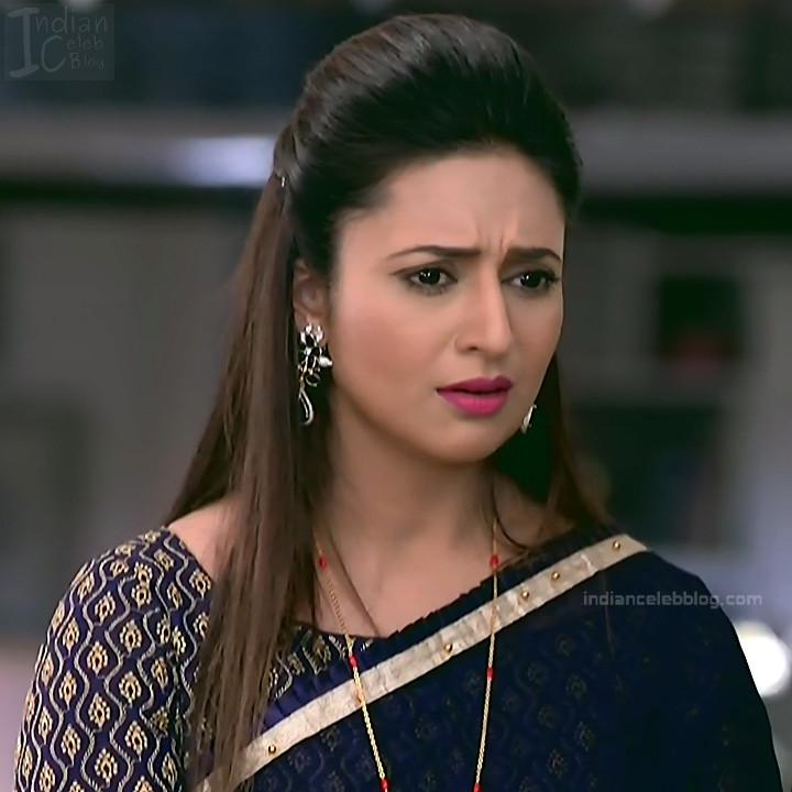 Divyanka Tripathi_Hindi TV Actress YehHM S2_22_Sari Photos