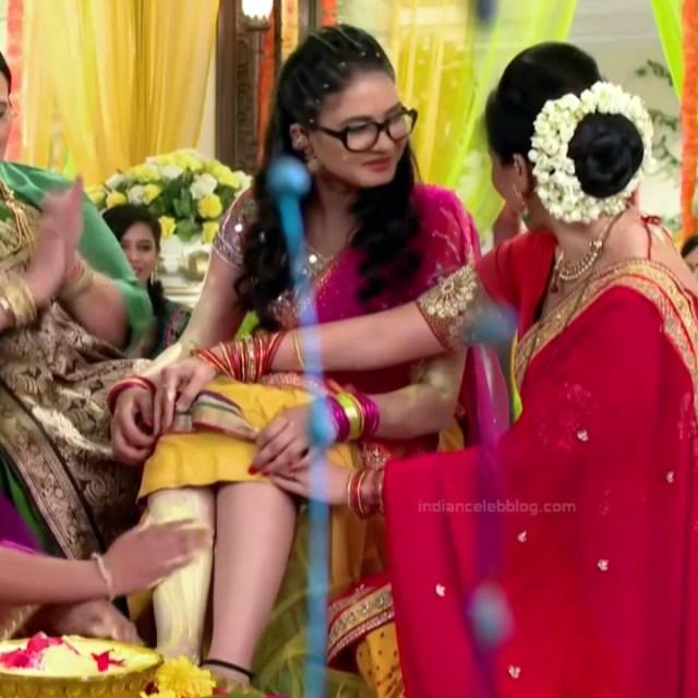 Neha Dangal_Hindi TV Actress TumhiHBST-S1_1_Hot Saree pics