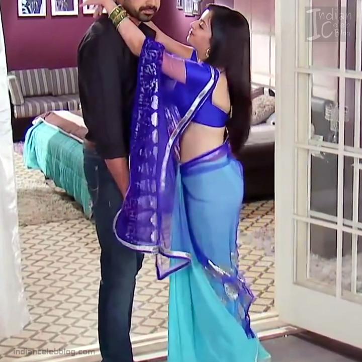Shrenu Parikh_Hindi TV Actress - Hot Saree Pics S1_8