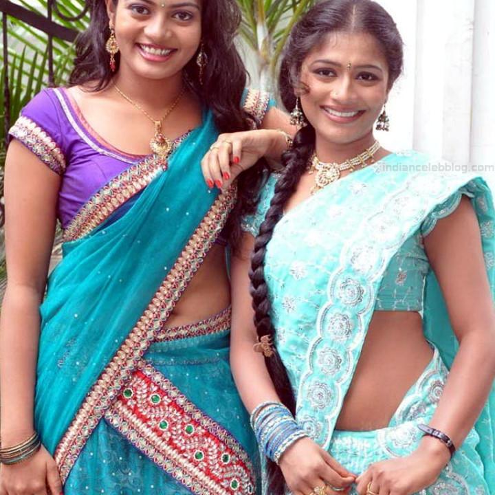 Anusri Telugu TV Actress Saree Photoshoot_16