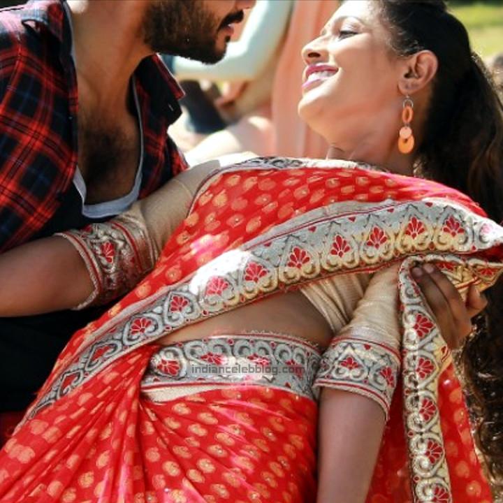 Anusri Telugu TV Actress_Nuvvena Adi Neevena movie stills_38