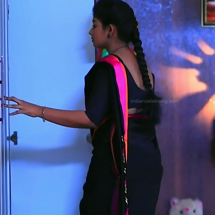 Bhoomi shetty kannada serial actress KinNS2 14 Hot saree photo