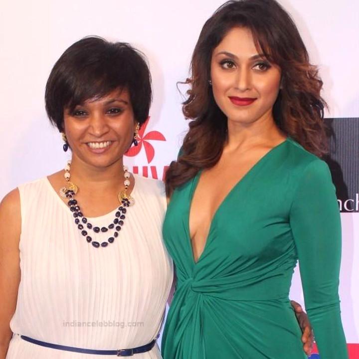 Manjari Phadnis_BWE - S2 - 11_Filmfare glamour awards_