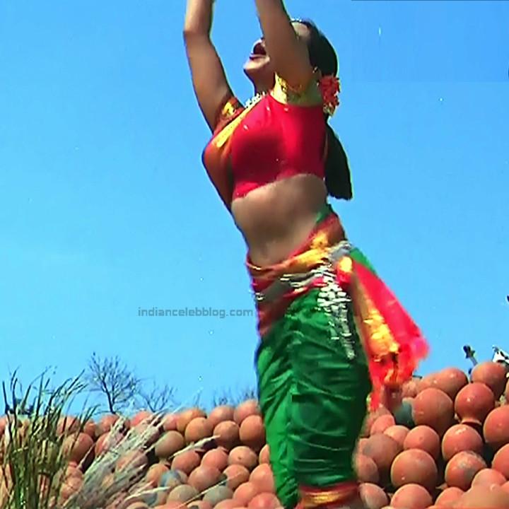 Rani Mukherji Hot movie stills Nayak S2-3 1