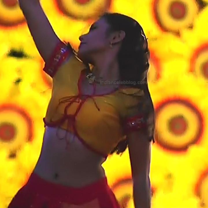 Rani Mukherji Hot movie stills Nayak S2-3 11
