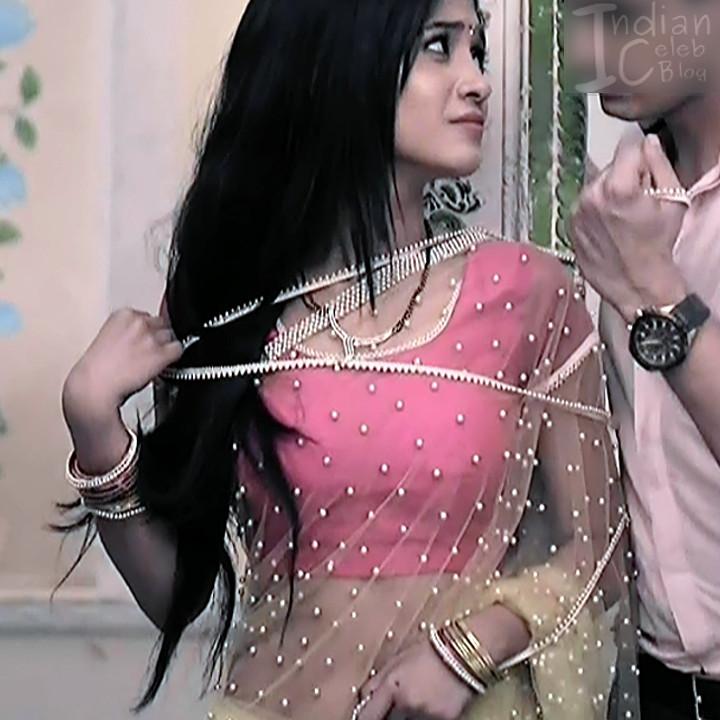 Shivangi Joshi Hindi TV Actress YehRKKH-S2 hot saree photos_6