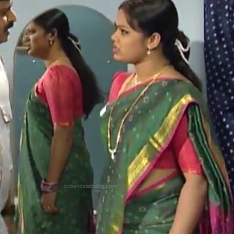 Devi priya Tamil TV actress VKCompS1 4 hot saree caps