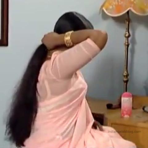 Devipriya Tamil TV actress VKCompS1 1 hot saree caps