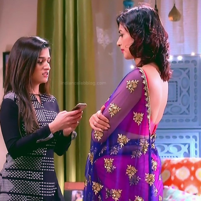 Gauri Pradhan Hindi TV actress TuAS1 Hot backless sari pics