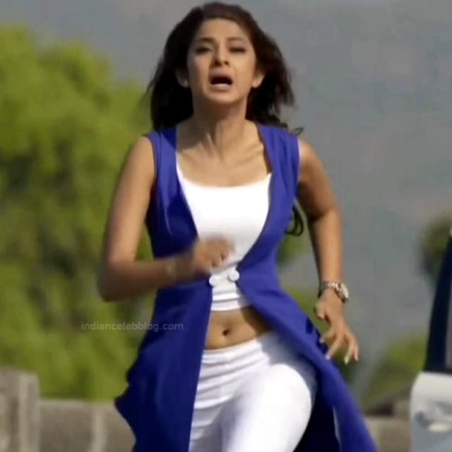 Jennifer Winget Hindi TV Actress YTDS1 1 Hot navel show pics