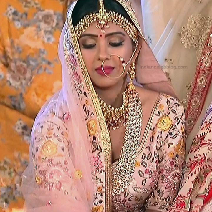 Prerna Panwar Hindi TV actress Savitri devi S1 15 Hot Pics