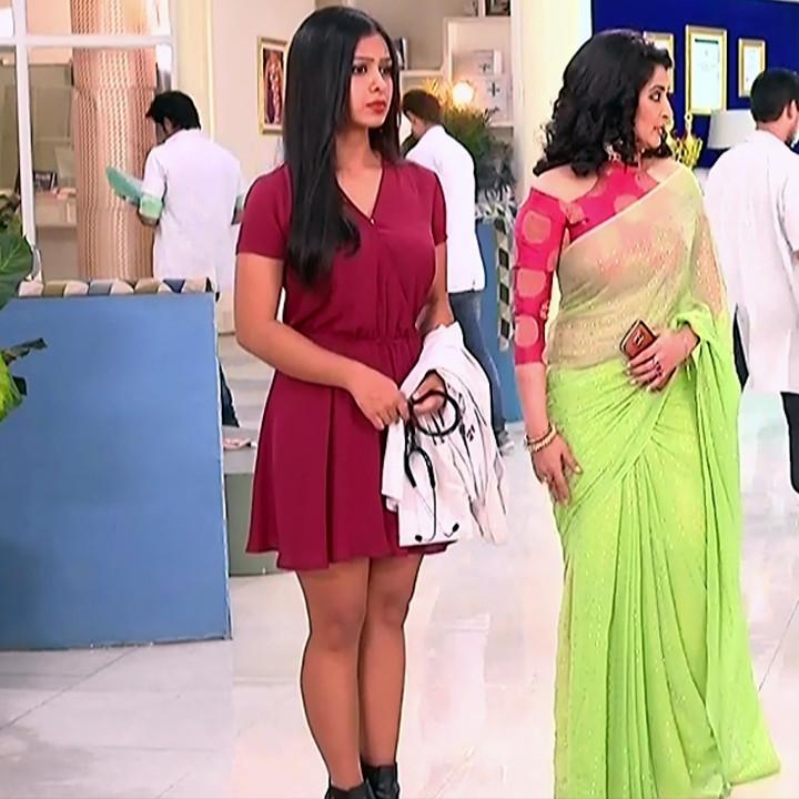 Prerna Panwar Hindi TV actress Savitri devi S1 8 Hot Pics