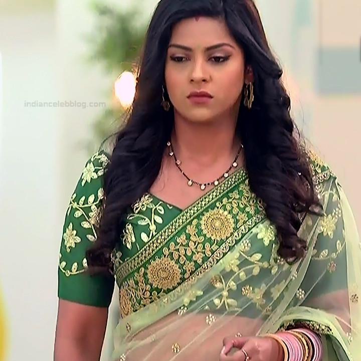 Swarda Thigale Hindi serial actress Savitri DCHS3 1 hot sari pics