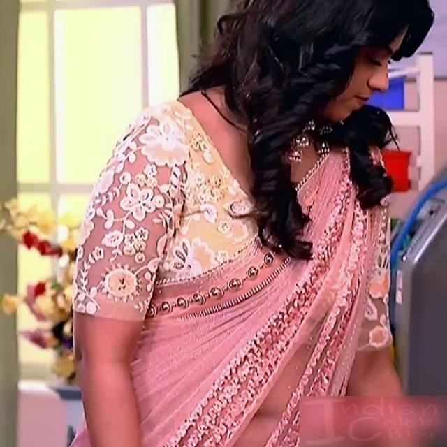 Swarda Thigale Hindi serial actress SavitriDCHS2 6 hot sari photos