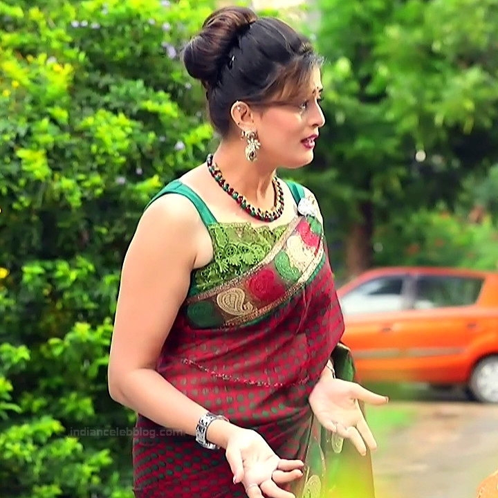 Veena Ponnappa Kannada TV Actress PutMS1 2 Hot saree pics