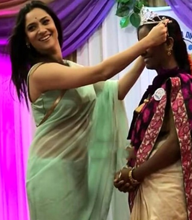 Ankita Lokhande Hindi TV actress CelebTS1 9 hot saree pics