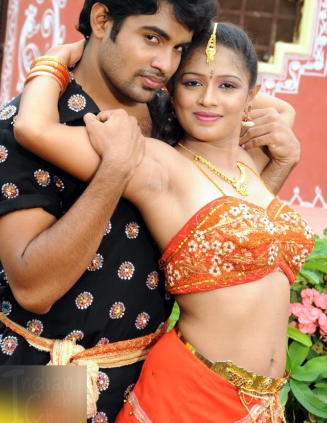 Anusri Telugu TV Gandikotalo movie pics 12