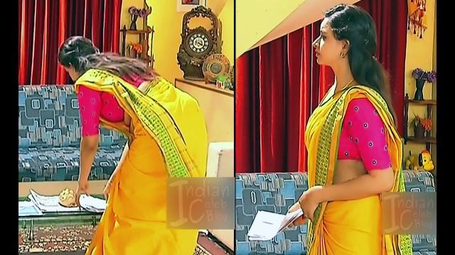 Divya Tamil serial actress Sumangali S312 hot saree photos