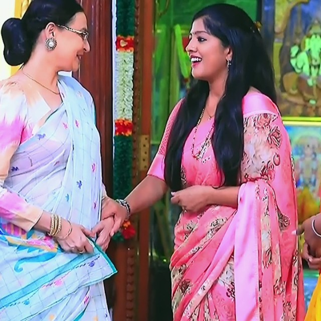 Meghana Shankarappa Kannada TV actress Kinnari S2 18 hot saree pics