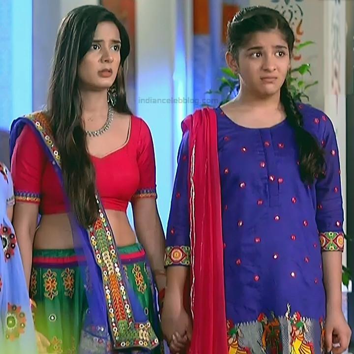 Nikki Sharma Hindi serial actress Roop MKNSS1 6 hot lehenga pics