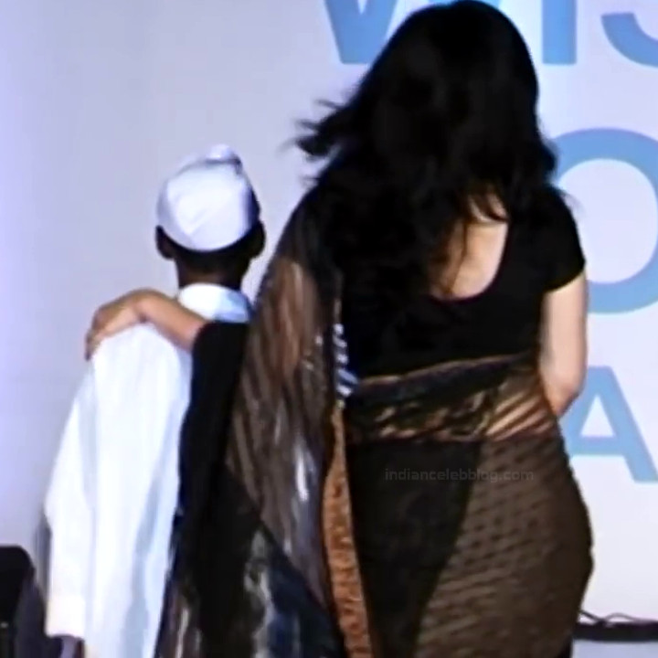 Ragini Khanna Hindi TV Actress CelebTS1 27 hot Saree photos