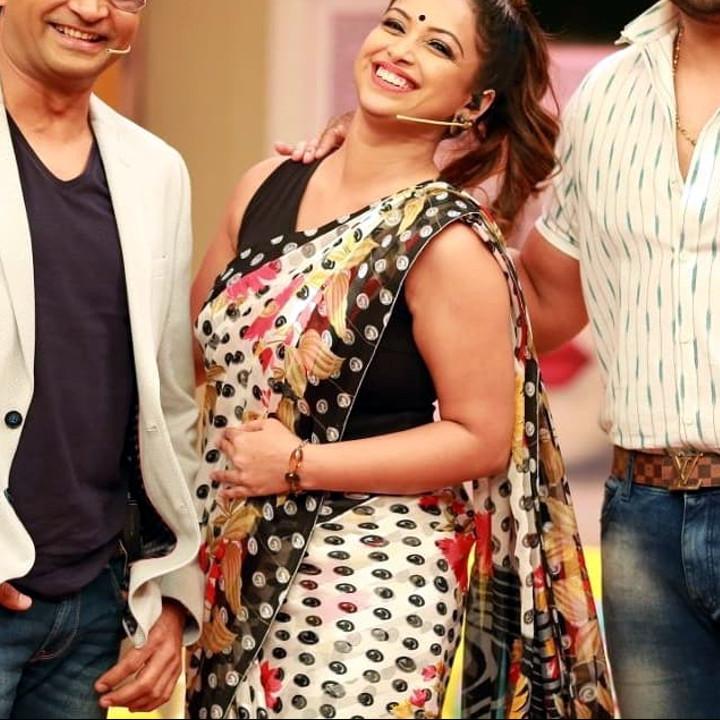 Shwetha Chengappa Kannada TV actress 10 hot saree photo