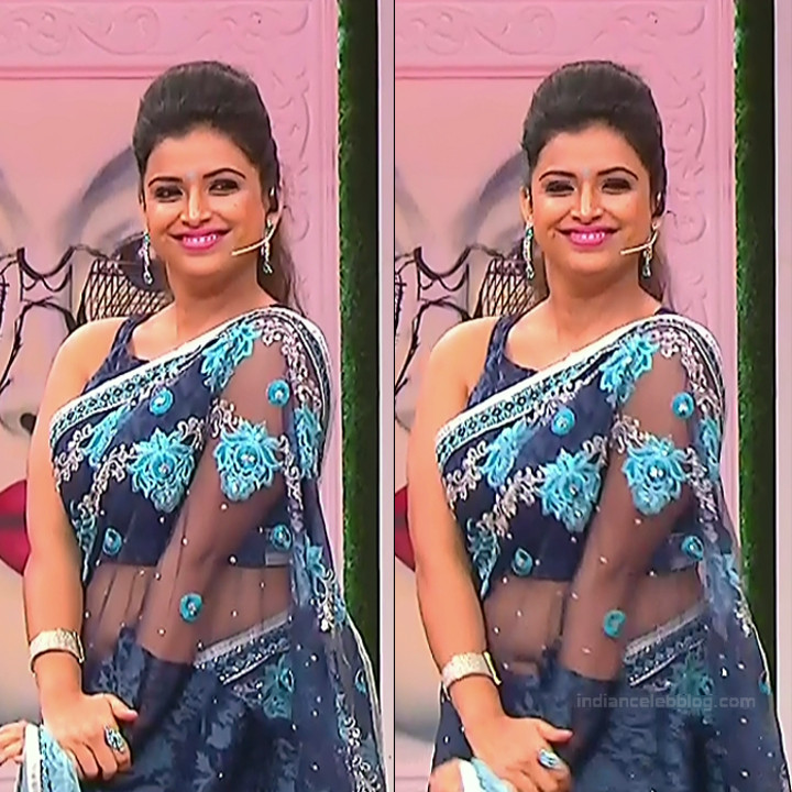 Shwetha Chengappa Kannada TV actress 5 hot saree pics