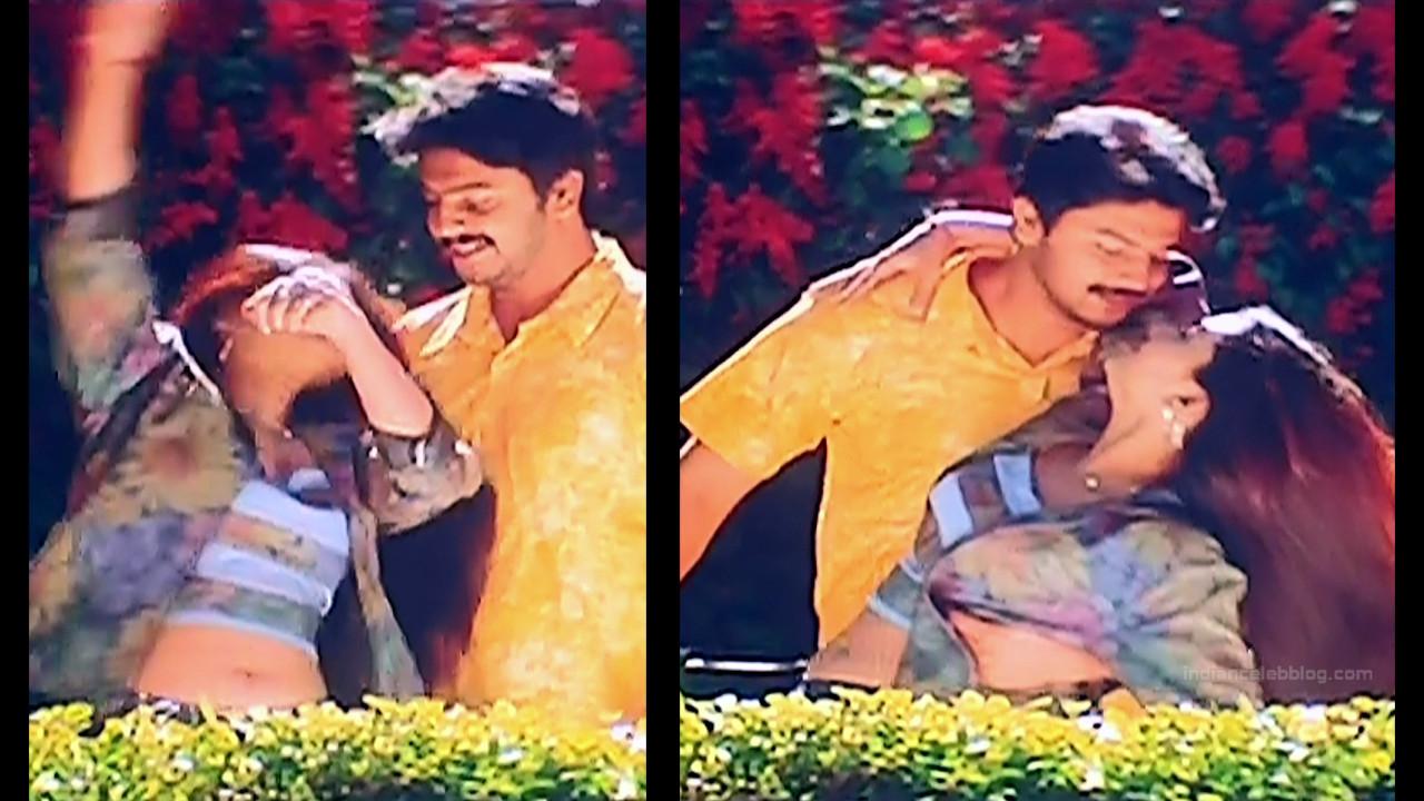 Sneha Tamil film actress S1 2 April maadhathil movie stills