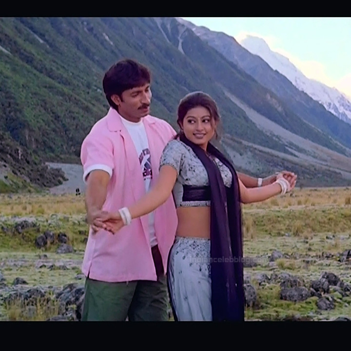 Sneha tamil film actress S110 tholi valapu telugu movie hot pics