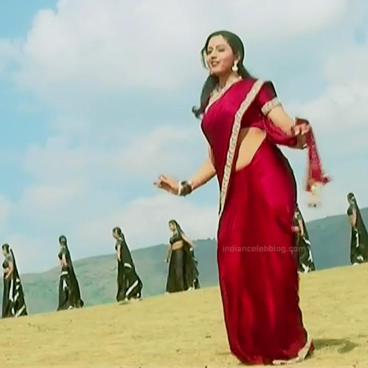 Soundarya Eduruleni Manishi S1 16 hot sari photo