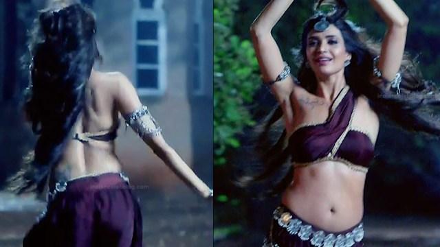 Karishma Tanna Hindi TV actress Naagin 3S1 4 hot pics