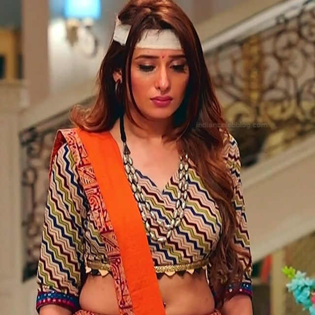 Mahira sharma Hindi tv actress Naagin 3S1 14 hot lehenga photo