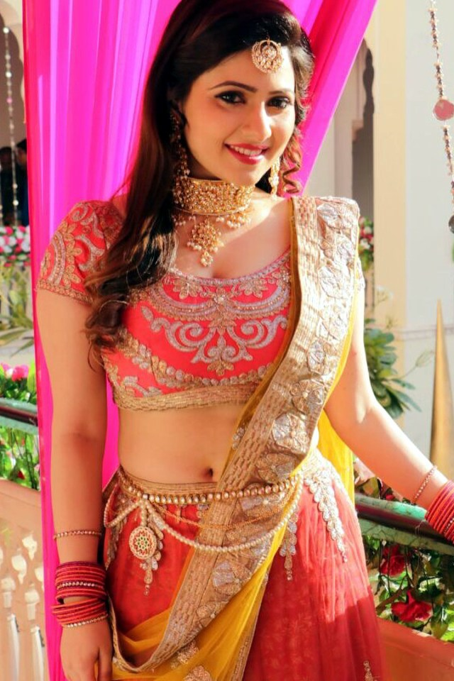 Naazuk Lochan Hindi TV actress JijiMS1 10 hot lehenga photo